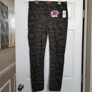 UnionBay Camo Skinny Jeans: 15
